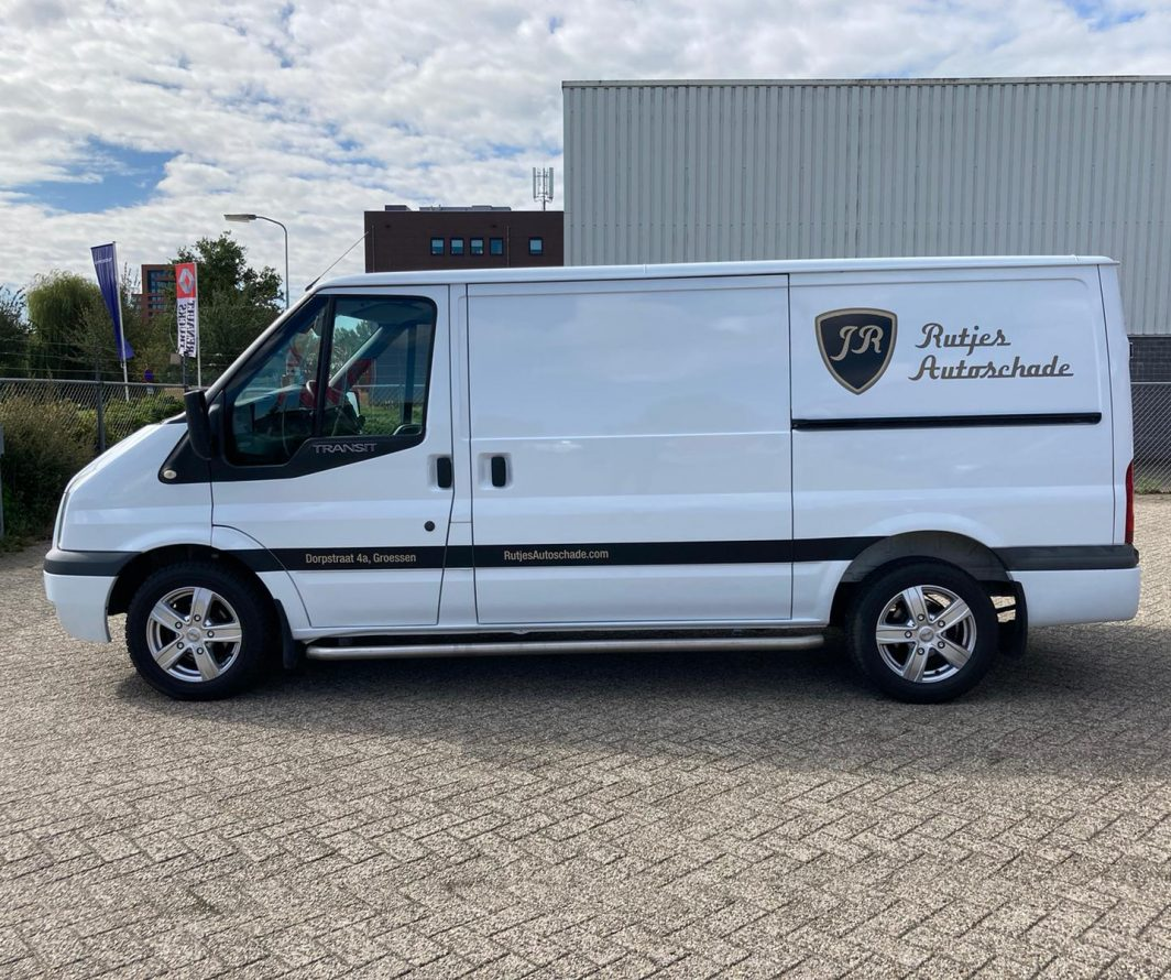Autobelettering Ford Transit, Groessen