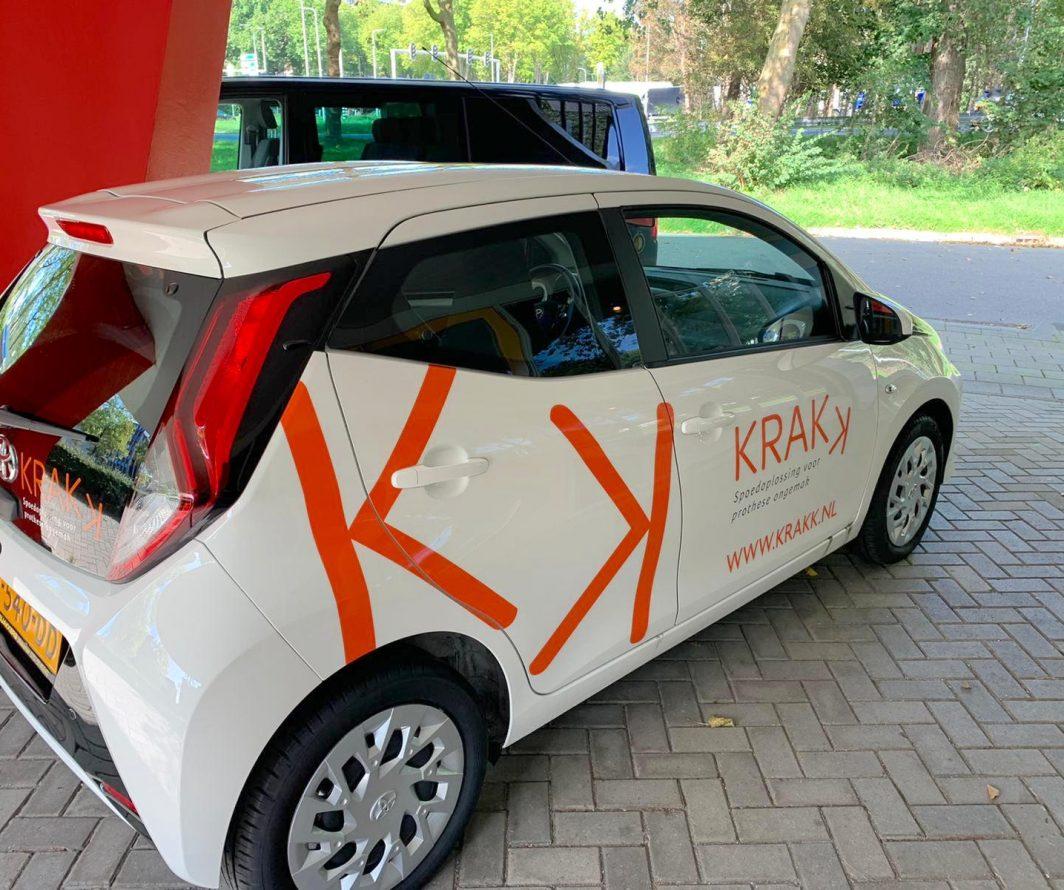 Autobelettering Toyota Aygo, Delft