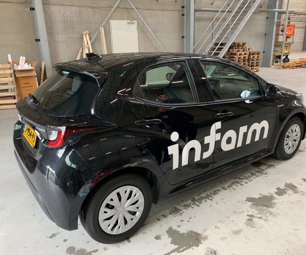 Autobelettering Toyota Yaris Arnhem